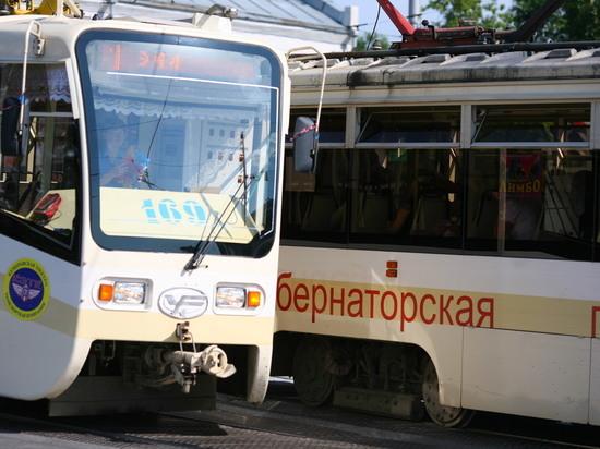 Трамваи встали возле кемеровского вокзала из-за обрыва контактной сети