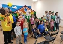 Хабаровская региональная общественная организация «БлагоДарю» работает на территории города уже несколько лет, и она знает, как подарить старику или ребенку улыбку и хорошее настроение