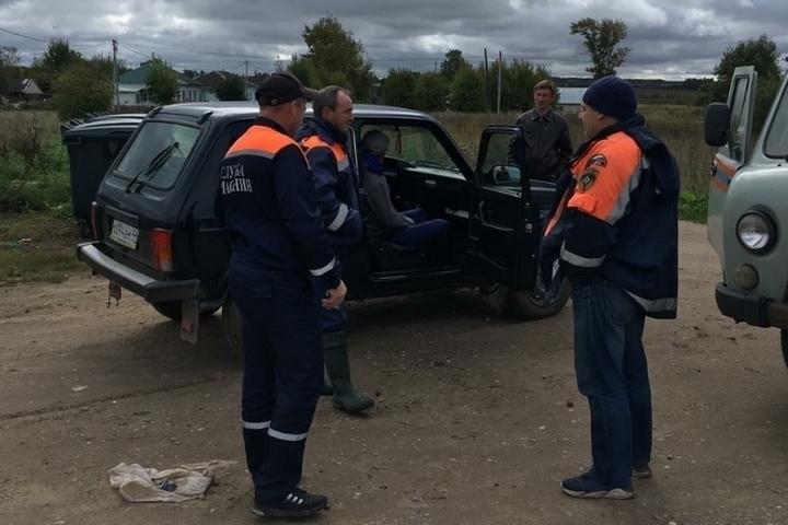 Костромские спасатели пришли на помощь грибнику, попавшему в капкан