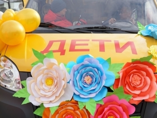 Школы и станции скорой помощи на Колыме получат новые машины