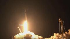 SpaceX запустила на орбиту четырех космических туристов: видео полета