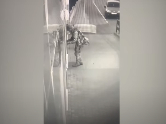 Офицер оценил экипировку «стрелка» из Лисок