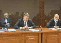 Судебное заседание по апелляции историка-расчленителя Олега Соколова, назначенное на 14 часов 16 сентября,  началось намного позже намеченного времени