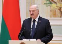 Накануне Дня народного единства Александр Лукашенко помиловал 13 оппозиционеров, отбывавших наказание в колониях страны