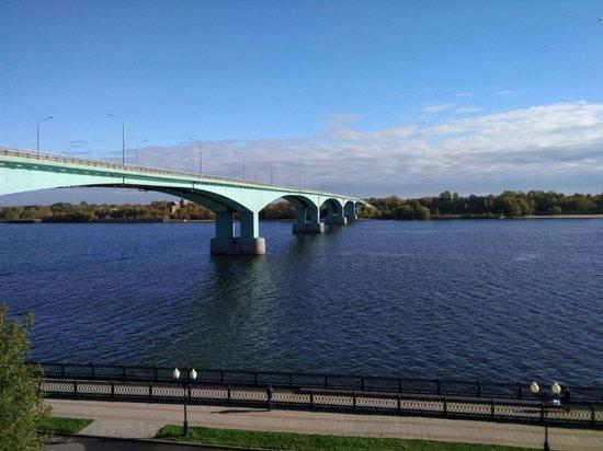 В Ярославле назвали сроки окончания ремонта Октябрьского моста