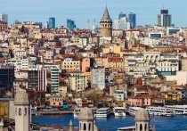 Турция, несмотря на то, что вся ее курортная зона еще в разгар лета стала «красной» по ковиду,  упорнее всех стояла на позиции «ковида бояться, прибыли не видать»