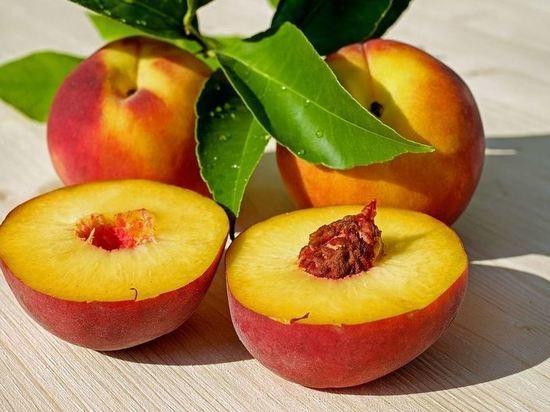 Россельхознадзор выявил вирусы растений в персиках из Грузии