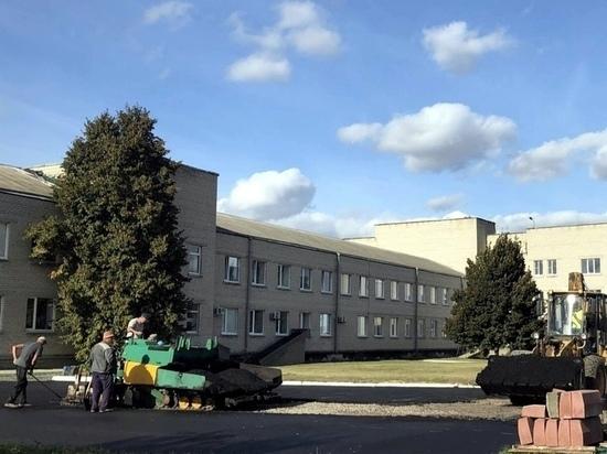 В Курской области рядом с Глушковской ЦРБ появилась вертолетная площадка