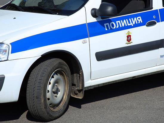 Появились кадры оцепления дома, где жил подозреваемый в нападении на участок в Лисках