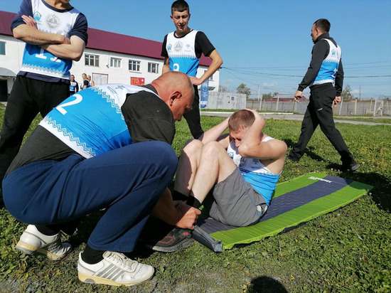 Сахалинские заключённые получили значки отличия ГТО