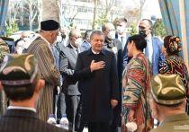 Внезапная кончина первого президента страны Ислама Каримова, руководившего страной ровно четверть века, и случившаяся, по официальным данным, в начале сентября 2016 года, стала началом новой эпохи в истории независимого узбекского государства