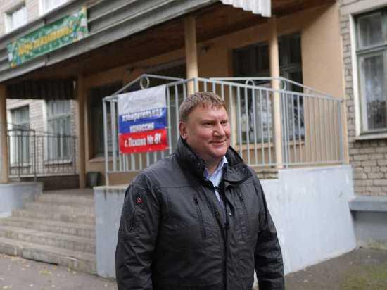 Александр Братчиков: Население должно выбрать, кто будет управлять страной