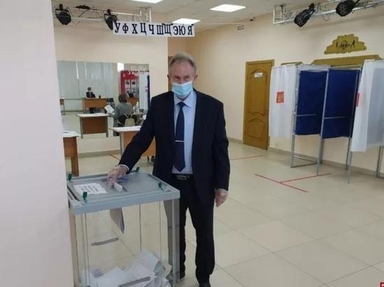 Главы районов Псковской области приняли участие в голосовании