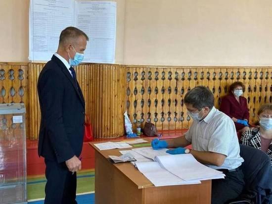 Сенатор от Томской области Владимир Кравченко проголосовал в Первомайском