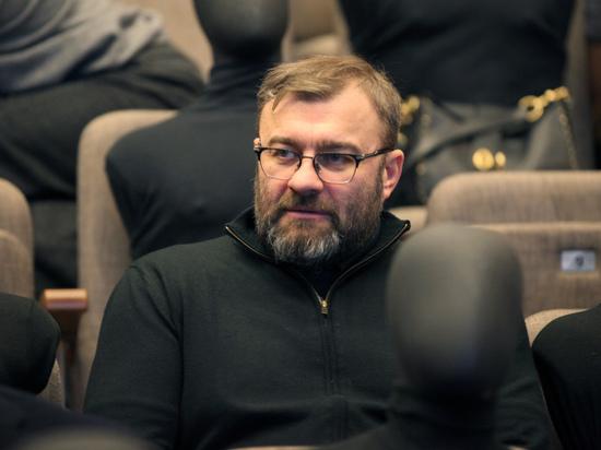 Директор Башмета не поверил сообщениям о драке Пореченкова в аэропорту