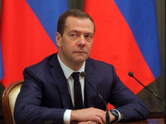 Медведев: Россия не боится санкций из-за СП-2