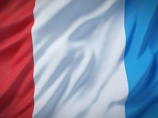 Франция отозвала для консультаций послов из США и Австралии