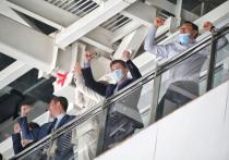 Первую победу в этом сезоне одержали хоккеисты «Адмирала»