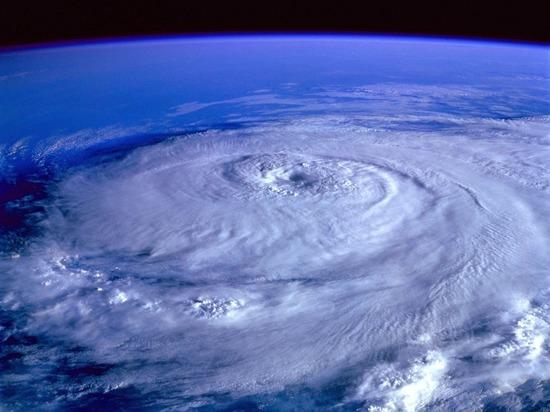В Японии из-за тайфуна пострадали пять человек