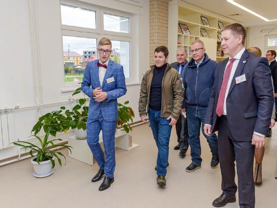 Накануне, 17 сентября, в райцентре Ямальского района Яр-Сале открыли новый корпус школы-интерната