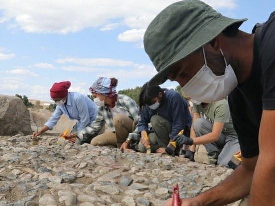 В Турции нашли одну из самых древних в мире мозаик
