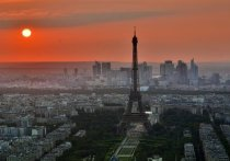 Париж немедленно отзывает для консультаций своих послов из Вашингтона и Канберры на фоне расторжения Австралии многомиллиардного контракта с Парижем на поставку французских подлодок