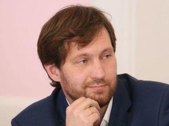 В первый день выборов в Омске полиция задержала депутата-наблюдателя