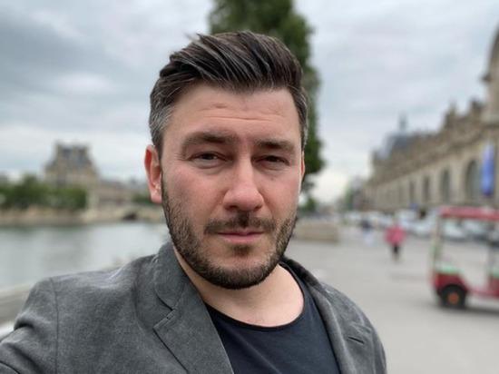 Писатель Глуховский разразился оппозиционной речью на вручении премии GQ