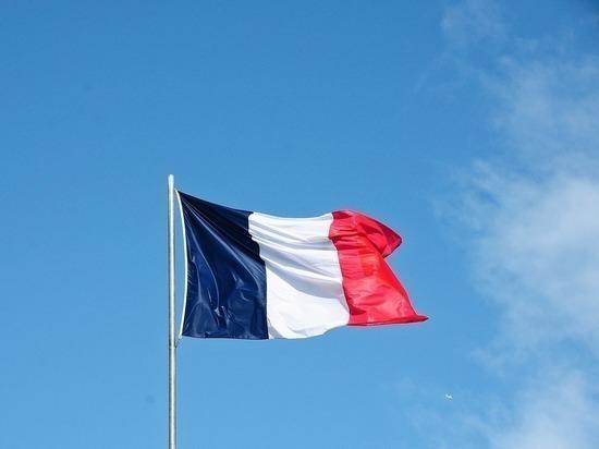 Глава МИД Франции пояснил, почему не отозвали посла из Лондона