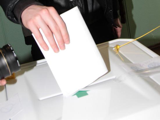 В России начали закрываться первые участки для голосования