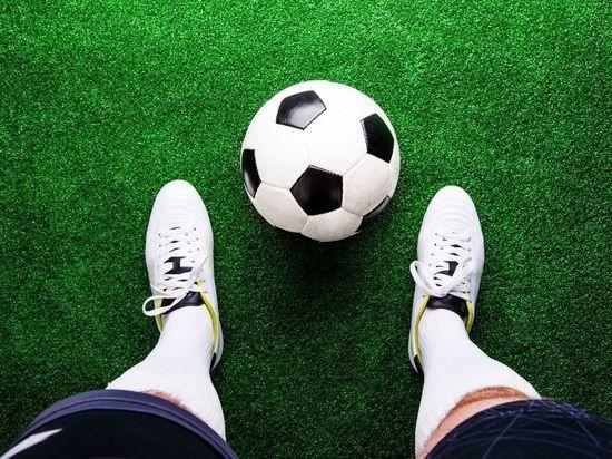 Главный тренер России по футболу заявил, что его конфликт с Дзюбой никак не влияет на вызовы футболиста