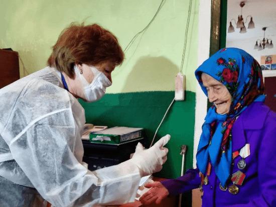 100-летние долгожители Башкирии сами пришли на избирательные участки