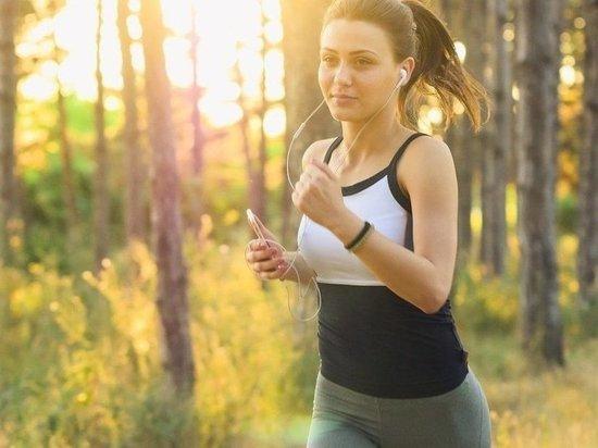 Эксперт рассказал о правилах уличной пробежки осенью