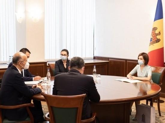 Почему Майя Санду не наградила посла Китая в Молдове Чжана Инхуна