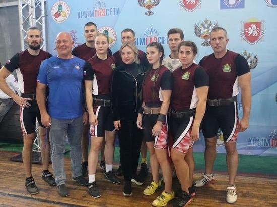 Калужские силачи взяли 5 медалей на Кубке России по гиревому спорту в Крыму