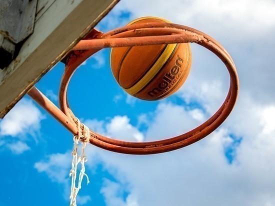 Экс-игрок НБА Мэйо перешел в УНИКС
