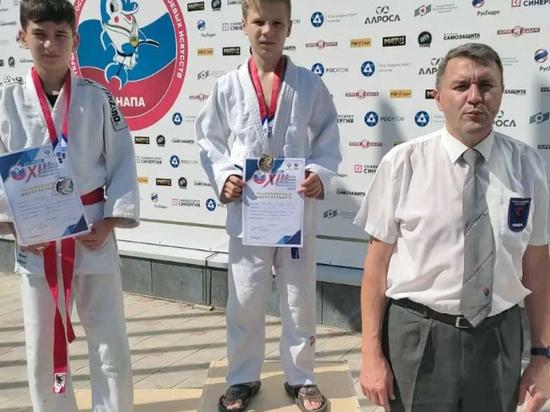 Ребята из Ярославля завоевали три золотые медали на юношеских играх боевых искусств