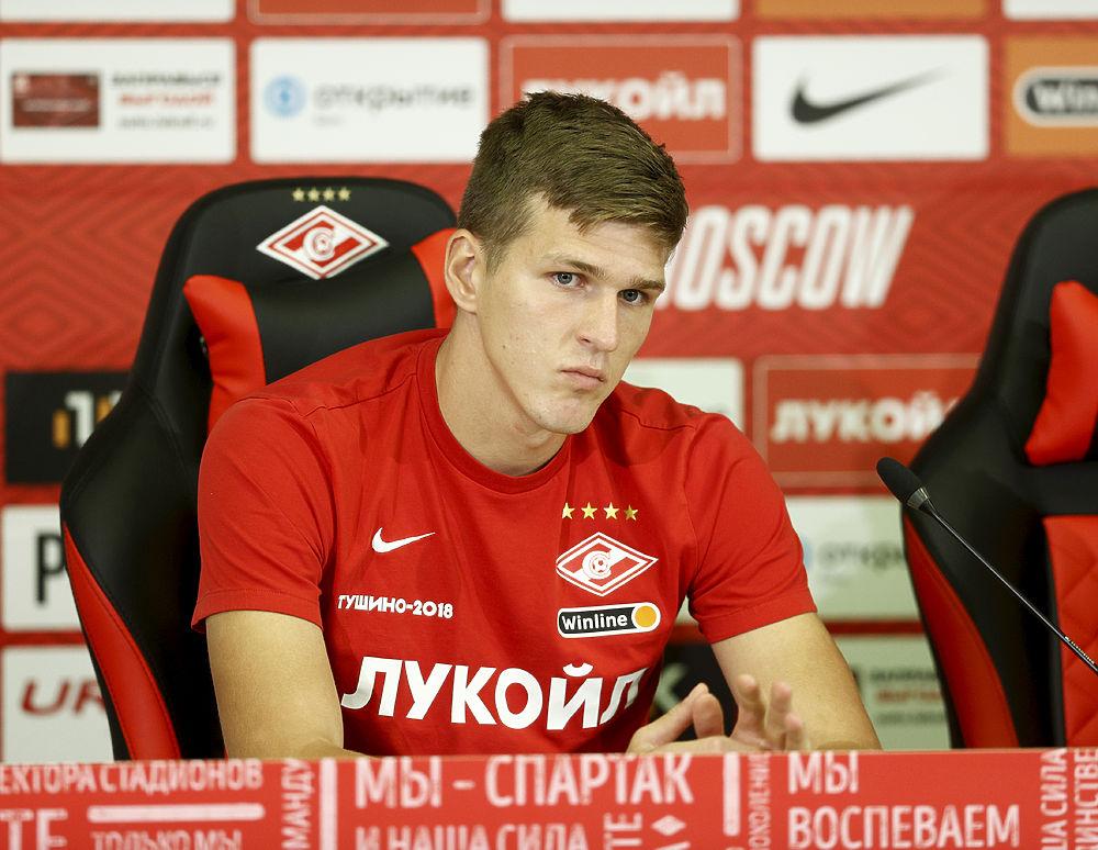 Вызвал Дзюбу и Глушакова, но отказал другим: кого пока не замечает Карпин