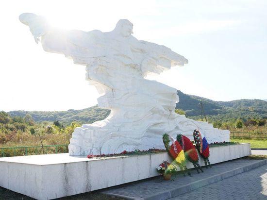 Жертв ледника Колка вспоминают в Северной Осетии