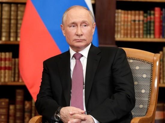 Путин продлил действие контрсанкций еще на один год