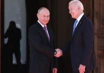 Скандальные высказывания президента США Джо Байдена в адрес российского коллеги Владимира Путина стали одной из тем обсуждения лидеров двух стран во время телефонных переговоров
