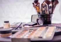 Великолукскую пенсионерку наказали обязательными работами за кражу из магазина косметики
