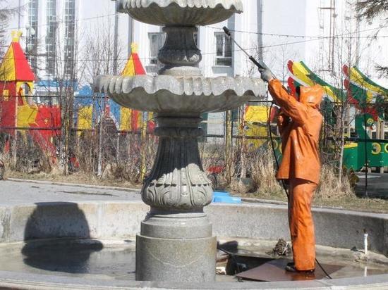 Коммунальщики Магадана консервируют на зиму фонтаны