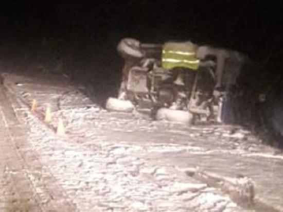Джип перевернулся на трассе Колыма: пострадали двое детей и женщина