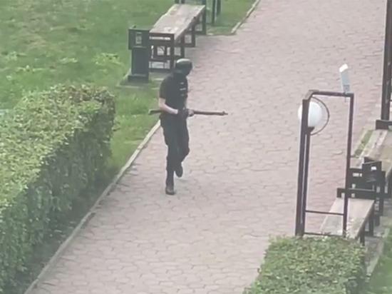 В своей записке «пермский стрелок» Тимур Бекмансуров, убивший 6 человек в университете Перми, подробно рассказал, как ему удалось ввести в заблуждение психиатров и получить справку, необходимую для приобретения оружия