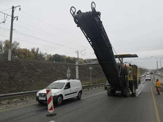 На Борском мосту в Нижнем Новгороде начали ремонт покрытия
