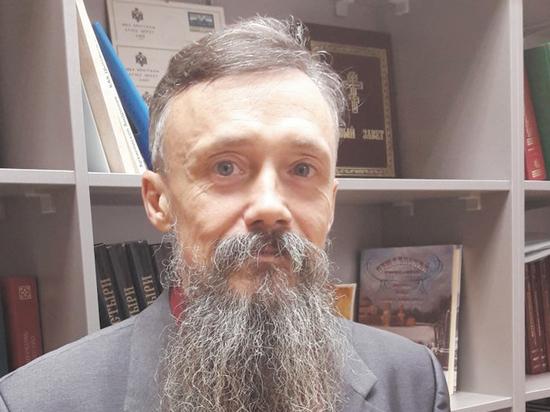Он оказался специалистом по Достоевскому