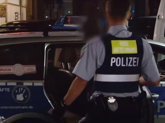 В Германии неизвестный захватил в заложники пассажиров автобуса