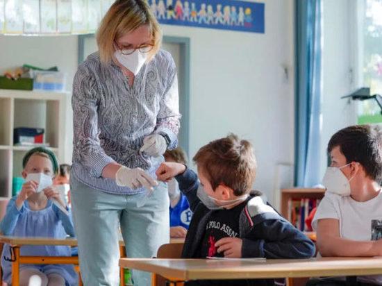 Германия: В школах начала расти заболеваемость COVID-19