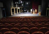 3 октября,  в день рождения Армена Джигарханяна, свой 26-й сезон открывает театр имени его - первый после ухода Мастера